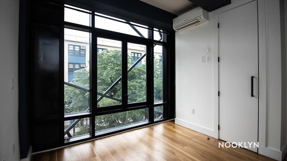 A $2,165.00, 2 bed / 1 bathroom apartment in Bushwick