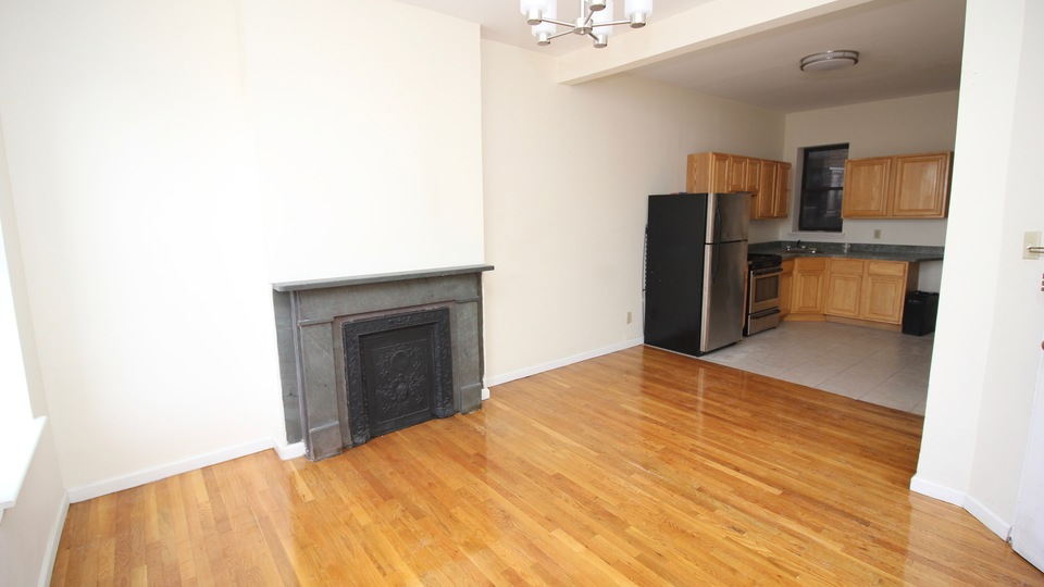 A $2,800.00, 2 bed / 1 bathroom apartment in Prospect Heights