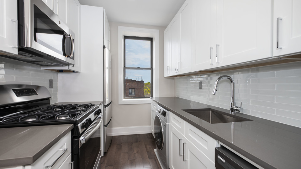 A $2,385.25, 1 bed / 1 bathroom apartment in Midwood