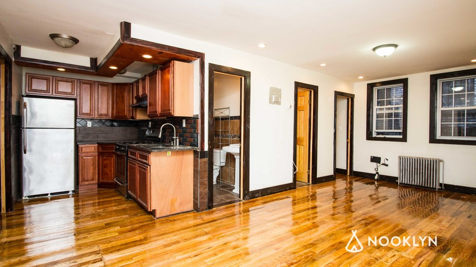 A $3,200.00, 4 bed / 2 bathroom apartment in Bushwick