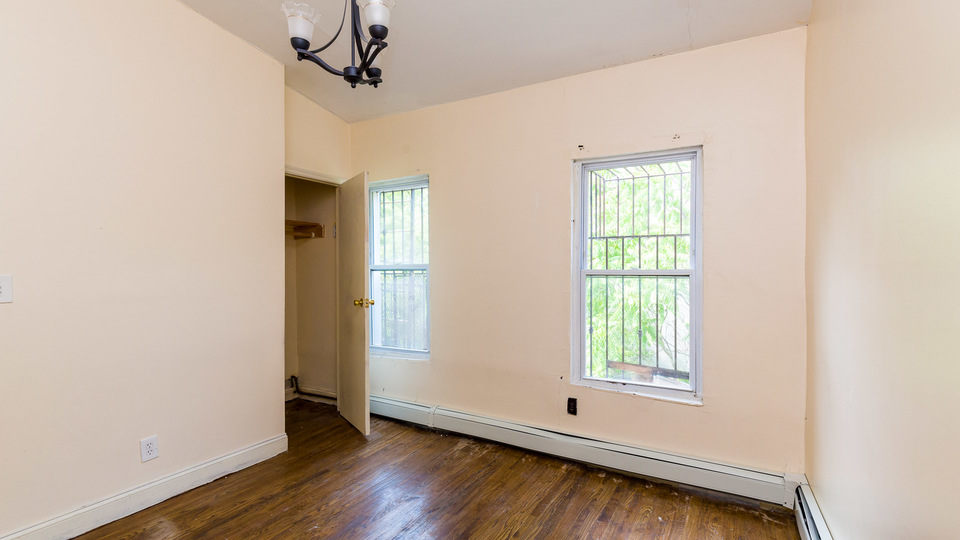 A $2,150.00, 2 bed / 1.5 bathroom apartment in Bed-Stuy