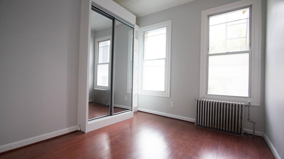 A $2,200.00, 2.5 bed / 1 bathroom apartment in Bushwick