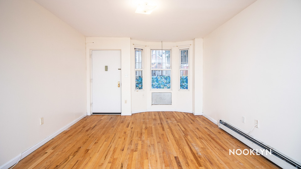 A $2,100.00, 2.5 bed / 1 bathroom apartment in Crown Heights