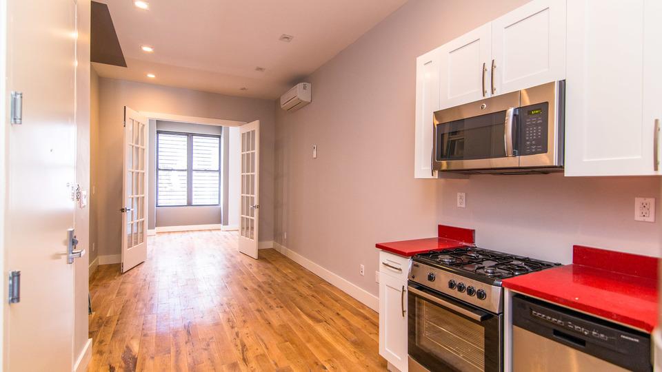 A $3,530.00, 3 bed / 2 bathroom apartment in Bushwick