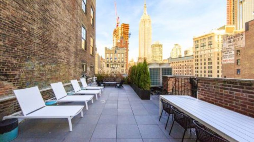 A $7,077.00, 3 bed / 2 bathroom apartment in Midtown
