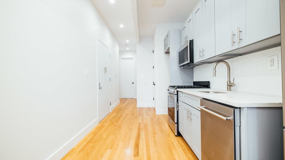 A $2,750.00, 2 bed / 2 bathroom apartment in Bushwick