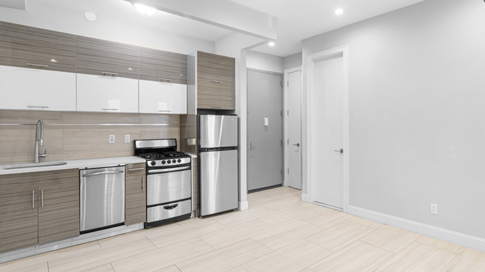 A $1,983.00, 2 bed / 1 bathroom apartment in Bed-Stuy