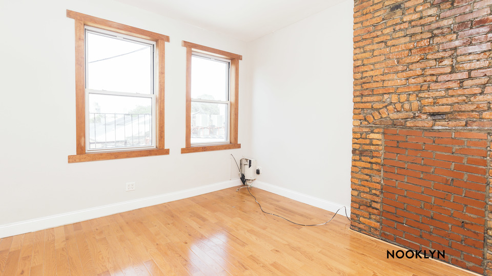 A $2,990.00, 2 bed / 1 bathroom apartment in Williamsburg