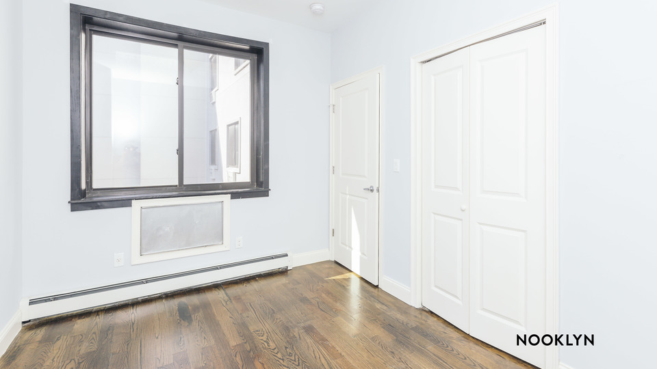 A $2,095.00, 2 bed / 1 bathroom apartment in Bushwick