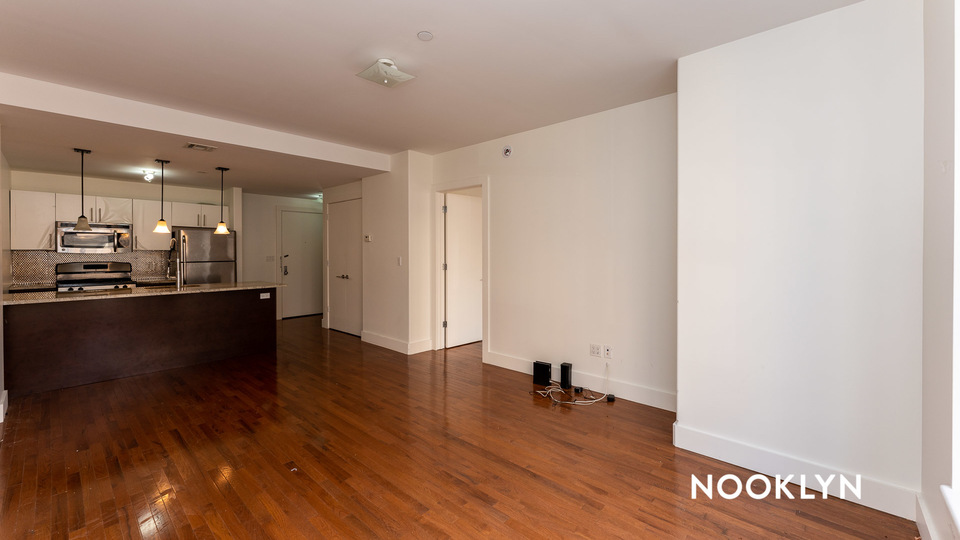 A $3,395.00, 3 bed / 1.5 bathroom apartment in Williamsburg