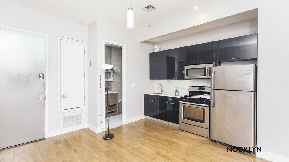 A $2,499.00, 4 bed / 2 bathroom apartment in Bushwick