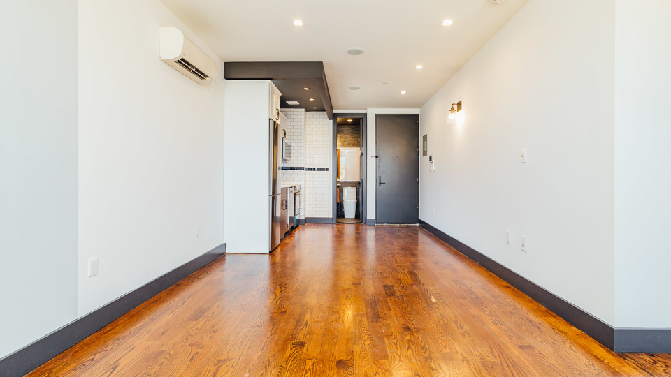 A $2,437.00, 3 bed / 1 bathroom apartment in East Flatbush