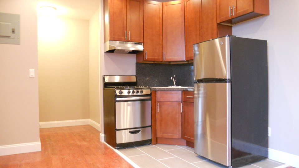 A $1,895.00, 2 bed / 1 bathroom apartment in Bushwick