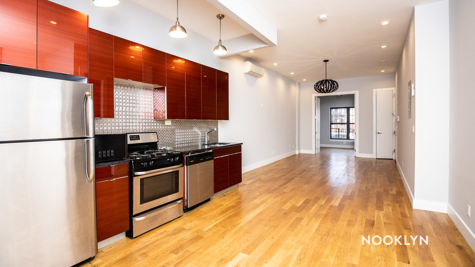 A $5,550.00, 6 bed / 3 bathroom apartment in Bed-Stuy