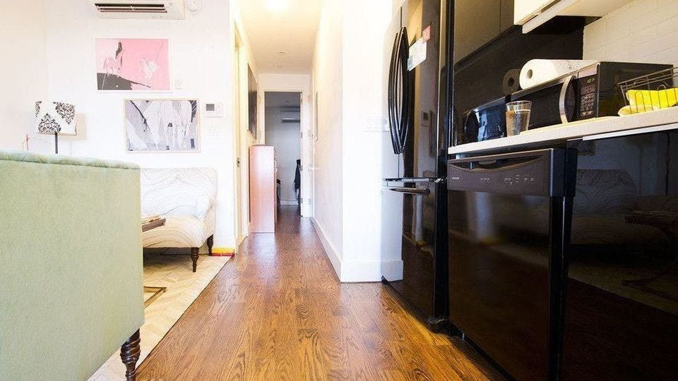 A $2,639.00, 2 bed / 1 bathroom apartment in Crown Heights