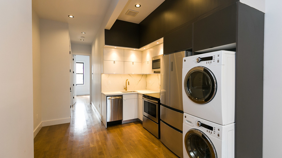 A $3,500.00, 3 bed / 3 bathroom apartment in Bushwick