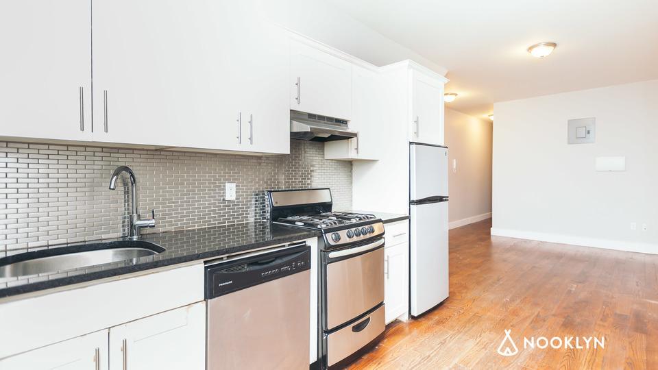 A $2,100.00, 2.5 bed / 1 bathroom apartment in Bushwick