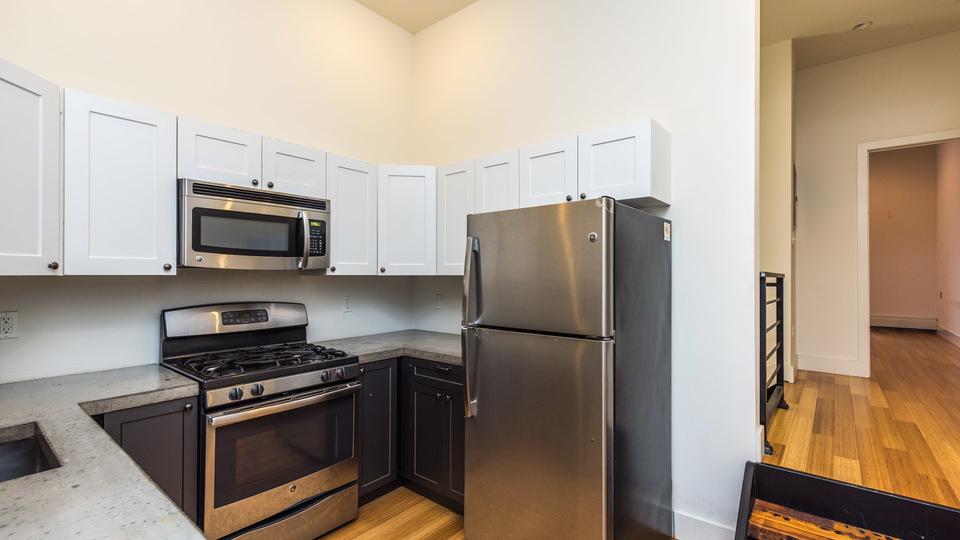 A $4,900.00, 5 bed / 3 bathroom apartment in Bushwick