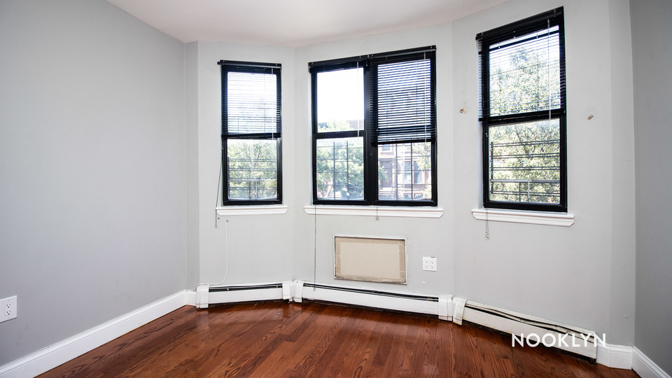 A $1,995.00, 2 bed / 0 bathroom apartment in Bed-Stuy