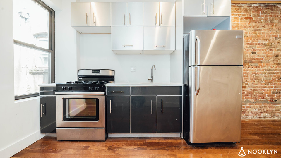A $3,750.00, 4 bed / 2 bathroom apartment in Crown Heights