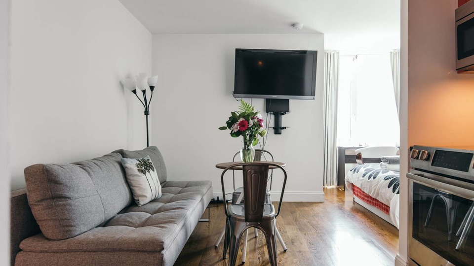 Search apartments for rent in Brooklyn, Queens and New York City