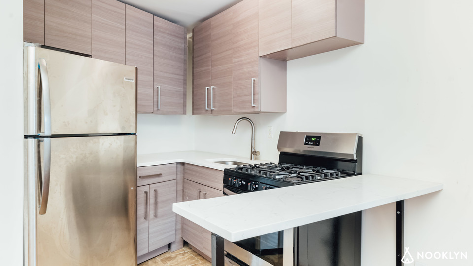 A $2,380.00, 2 bed / 1 bathroom apartment in Clinton Hill