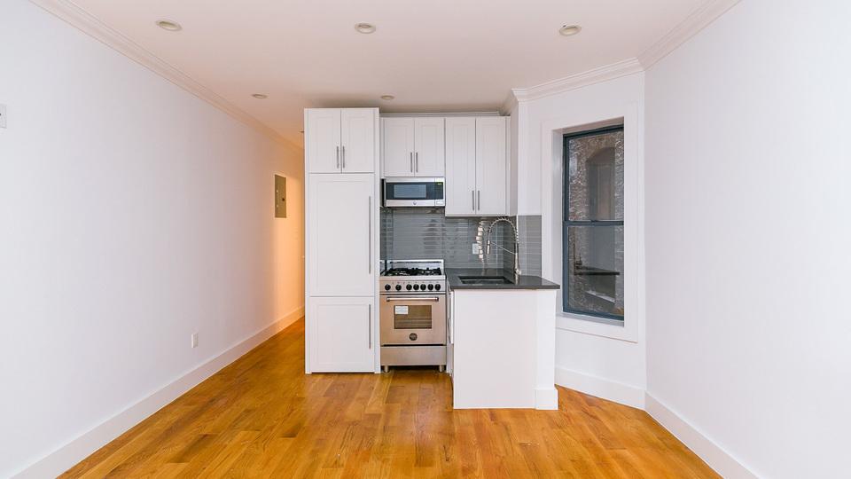 A $2,250.00, 1 bed / 1 bathroom apartment in Clinton Hill