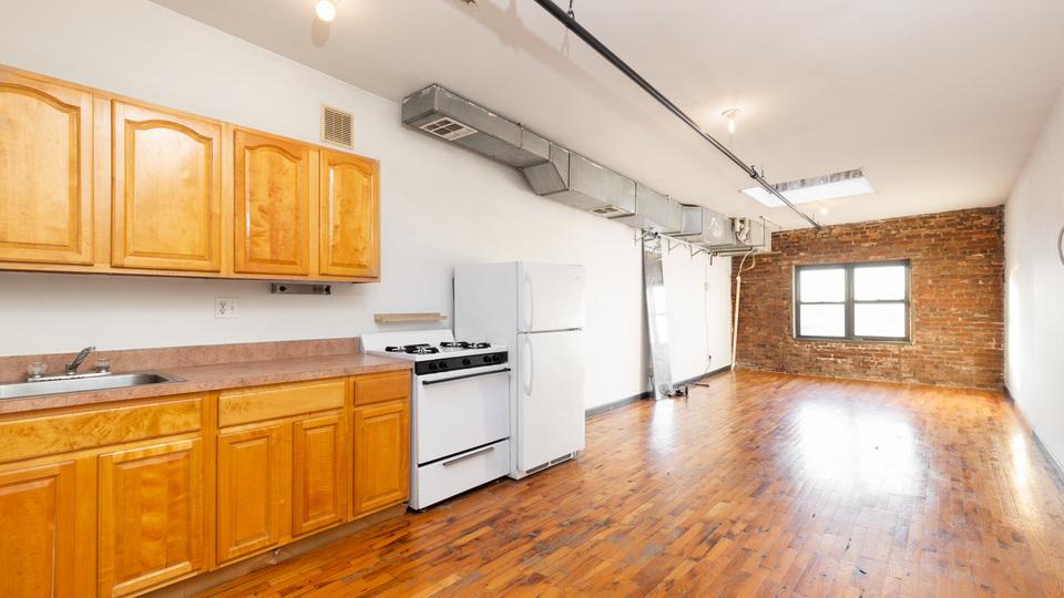 A $1,950.00, 0 bed / 1 bathroom apartment in Bushwick