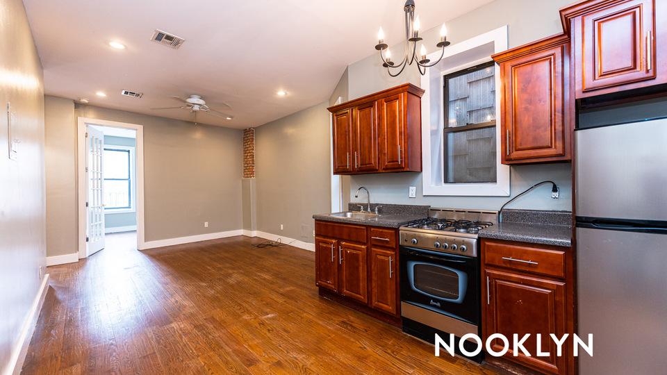 A $2,200.00, 3 bed / 1 bathroom apartment in Bushwick