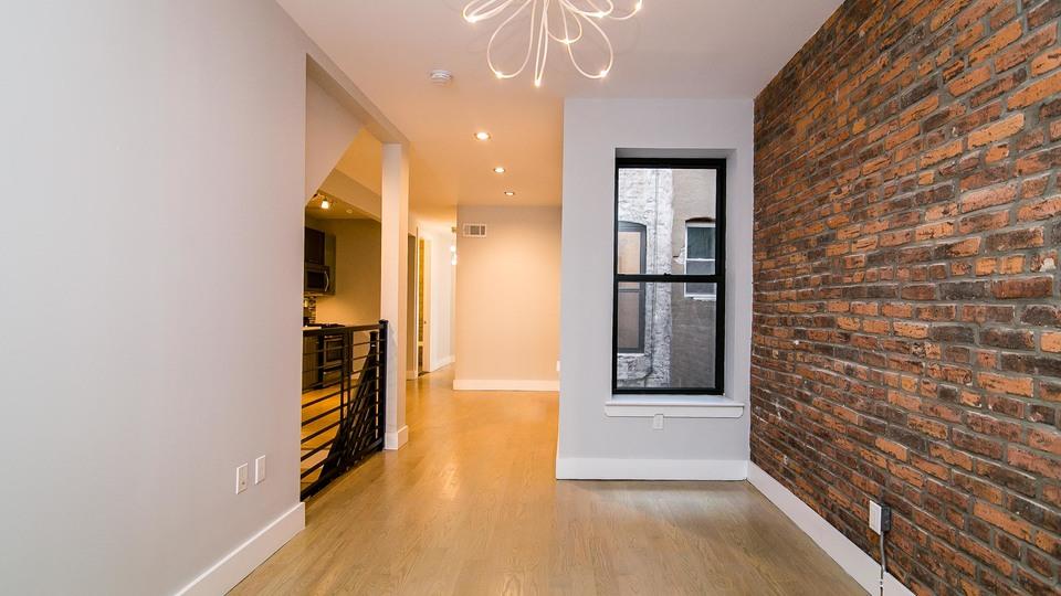 A $3,600.00, 5 bed / 2 bathroom apartment in Ridgewood