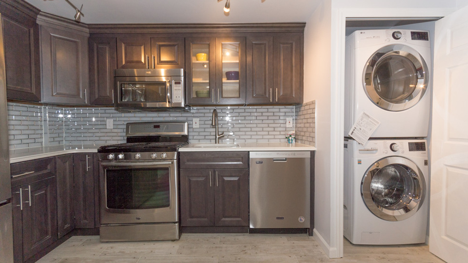 A $3,100.00, 3 bed / 2 bathroom apartment in PLG: Prospect Lefferts Gardens