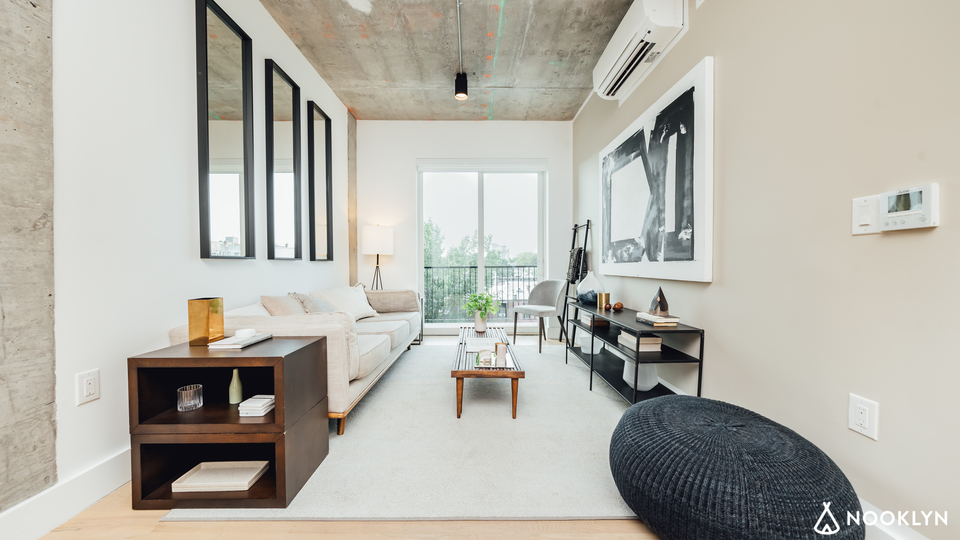 A $4,170.00, 3 bed / 1.5 bathroom apartment in Williamsburg