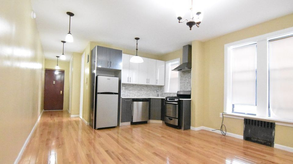 Search apartments for rent in Brooklyn, Queens and New York