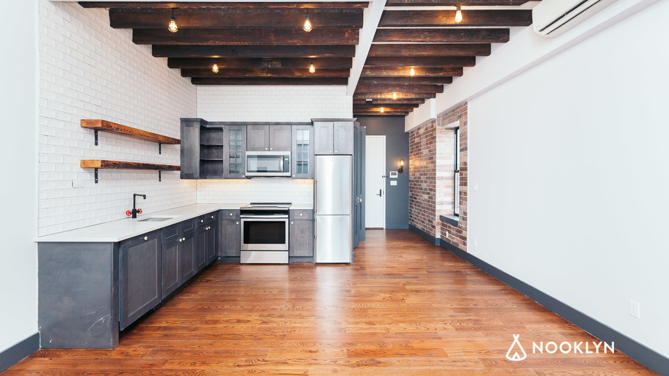 A $2,850.00, 2 bed / 1 bathroom apartment in Williamsburg