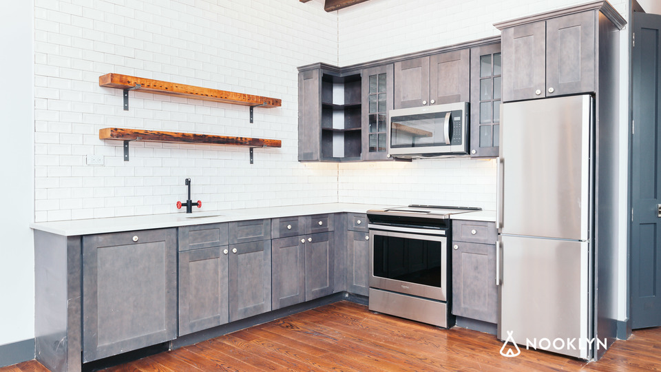 A $2,935.00, 2 bed / 1 bathroom apartment in Williamsburg