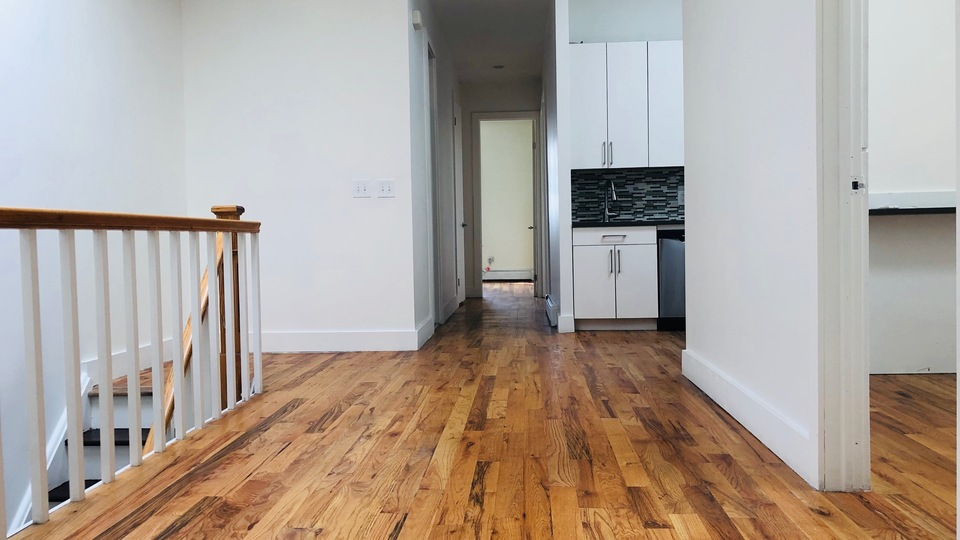 A $5,100.00, 6 bed / 2 bathroom apartment in Bushwick