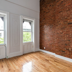 A $3,600.00, 3 bed / 2 bathroom apartment in Greenpoint