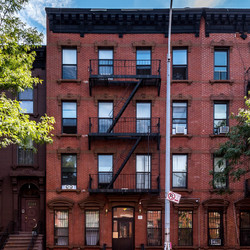 A $1,900.00, 2 bed / 1 bathroom apartment in Clinton Hill