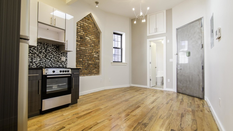 A $2,050.00, 1 bed / 1 bathroom apartment in Williamsburg
