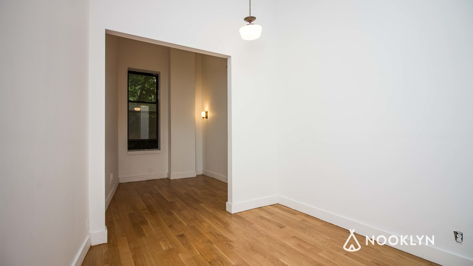 A $2,246.00, 0 bed / 1 bathroom apartment in Bushwick