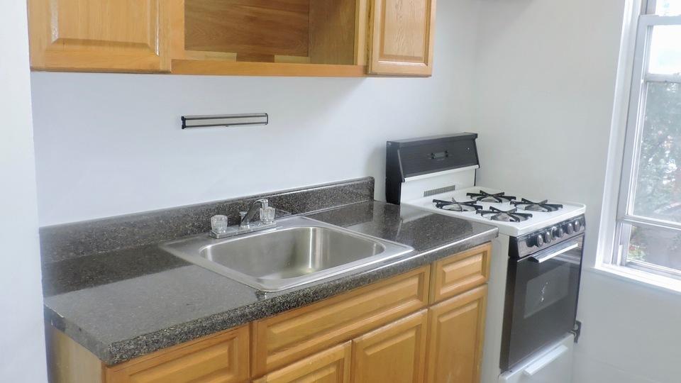 A $2,500.00, 2.5 bed / 1 bathroom apartment in Bushwick