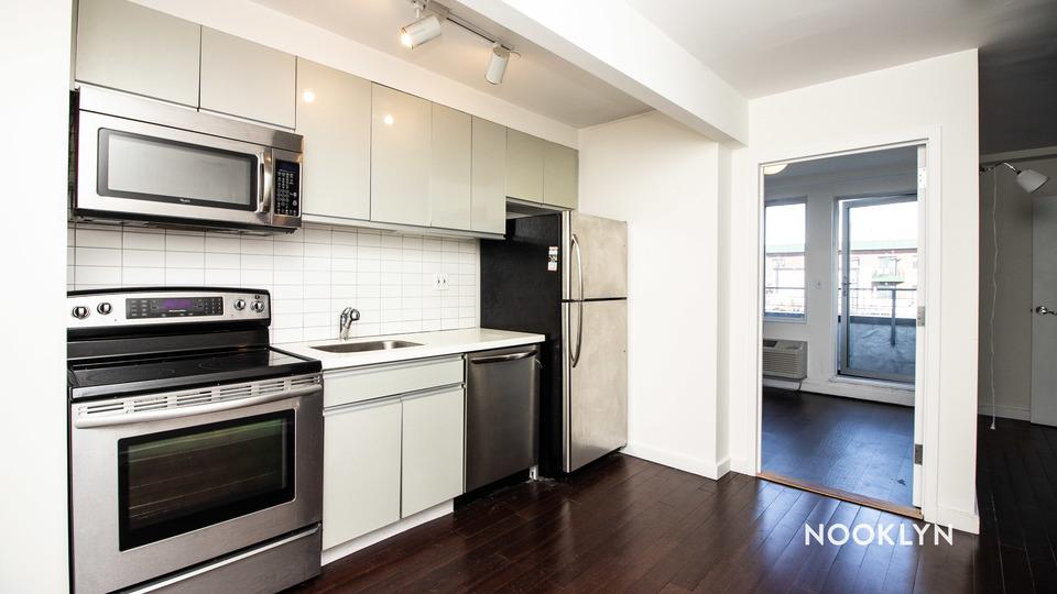 A $2,344.00, 2 bed / 1 bathroom apartment in Bushwick