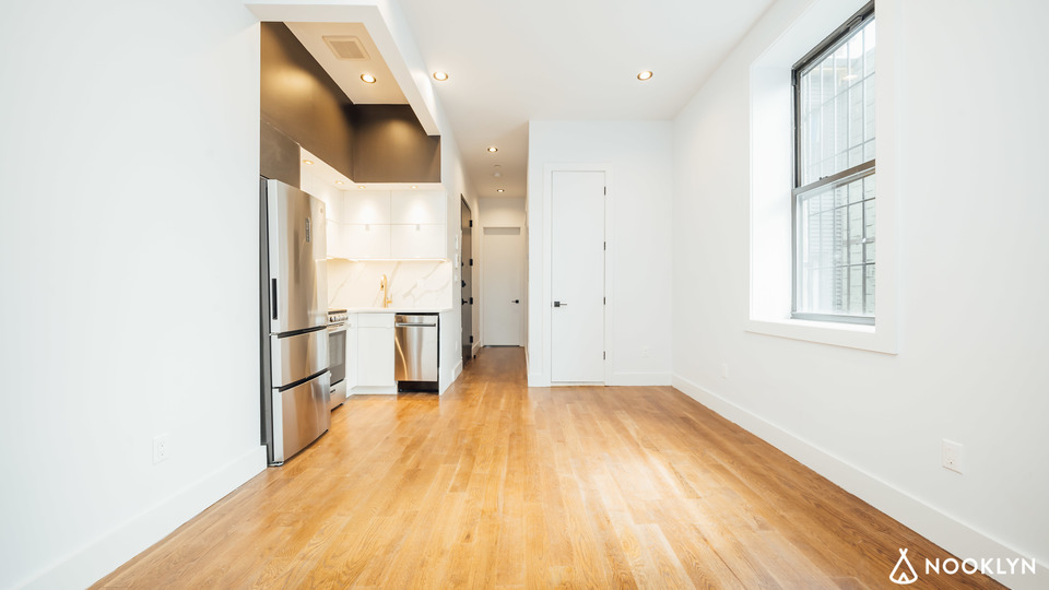 A $2,625.00, 3 bed / 1.5 bathroom apartment in Bushwick