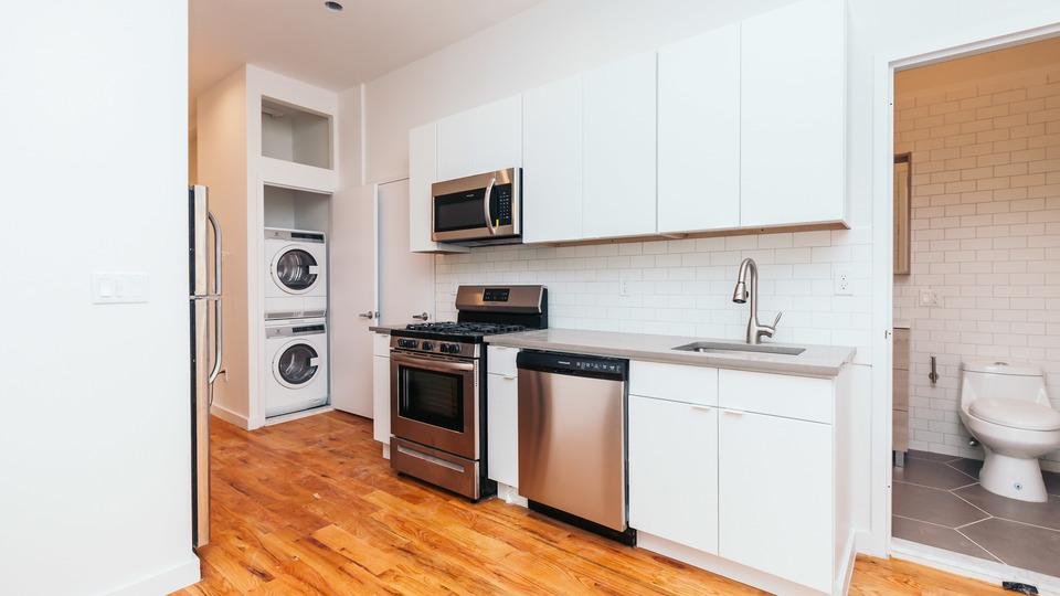 A $3,450.00, 4 bed / 2 bathroom apartment in Ridgewood