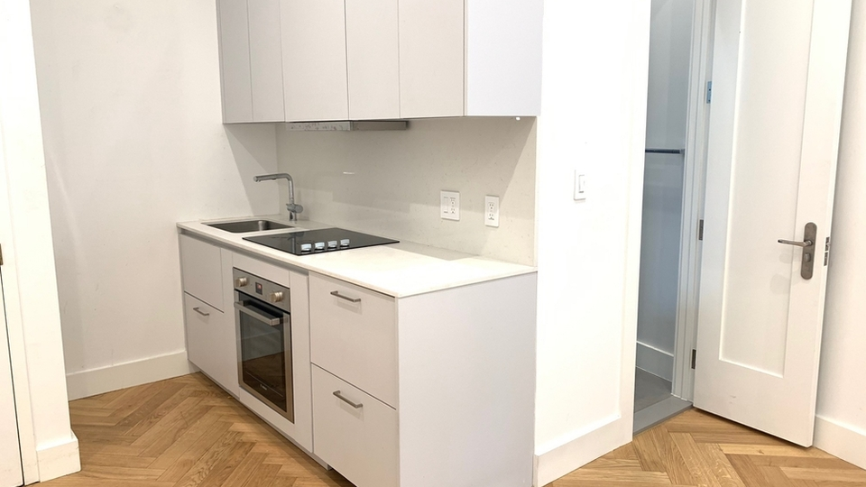 A $1,850.00, 0 bed / 1 bathroom apartment in Clinton Hill