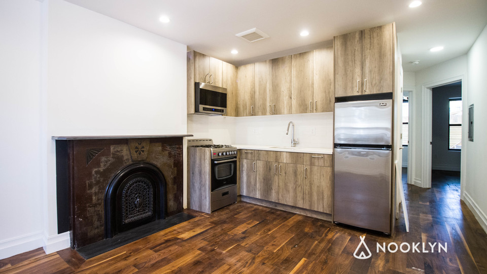 A $2,000.00, 2 bed / 1 bathroom apartment in Bed-Stuy