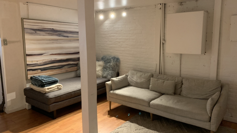 A $5,250.00, 4 bed / 1 bathroom apartment in Financial District