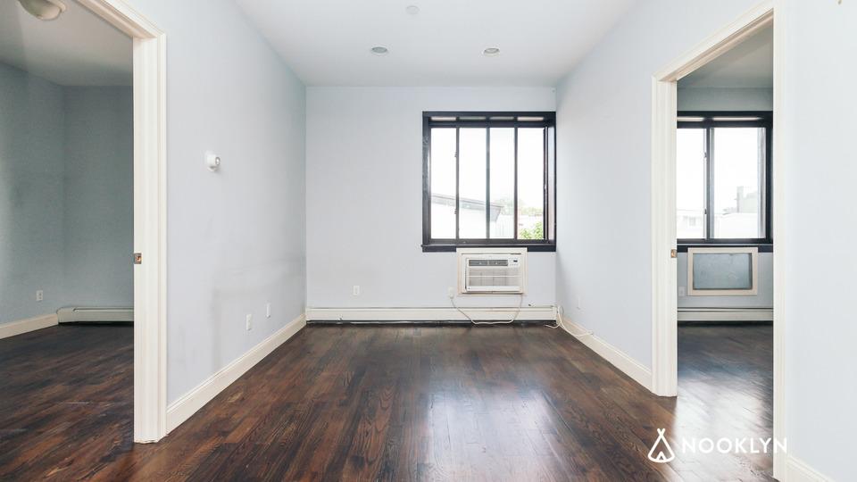 A $2,095.00, 2 bed / 1 bathroom apartment in Bushwick