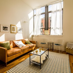 A $2,700.00, 1 bed / 1 bathroom apartment in Greenpoint