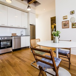 A $3,500.00, 2 bed / 1 bathroom apartment in Williamsburg